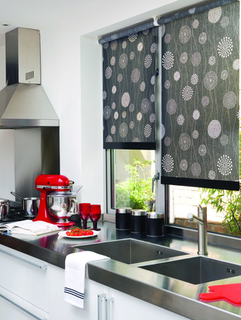 Jigsaw Blinds Dark Pattern Roller Blind