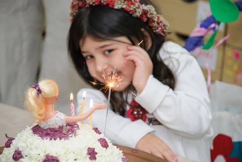 צילום אירועים של פעם בחיים - עוגה עם זיקוק