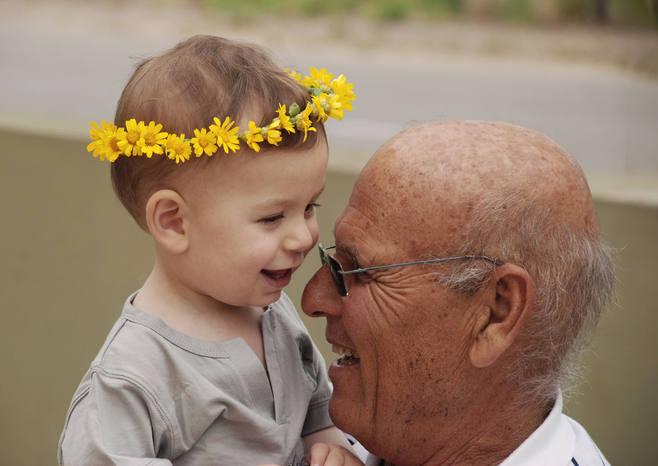 אירועים של פעם בחיים - תינוק עם זר וסבא