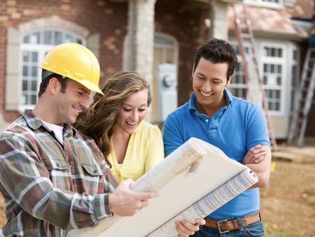 #FridayFAQ: What to Look for in a Custom Home Builder