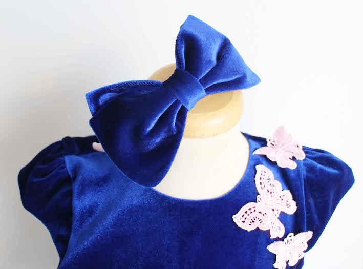 bentita albastra, rochita cadou