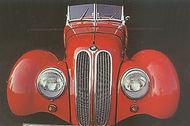 Метавфора в дизайне красная машина