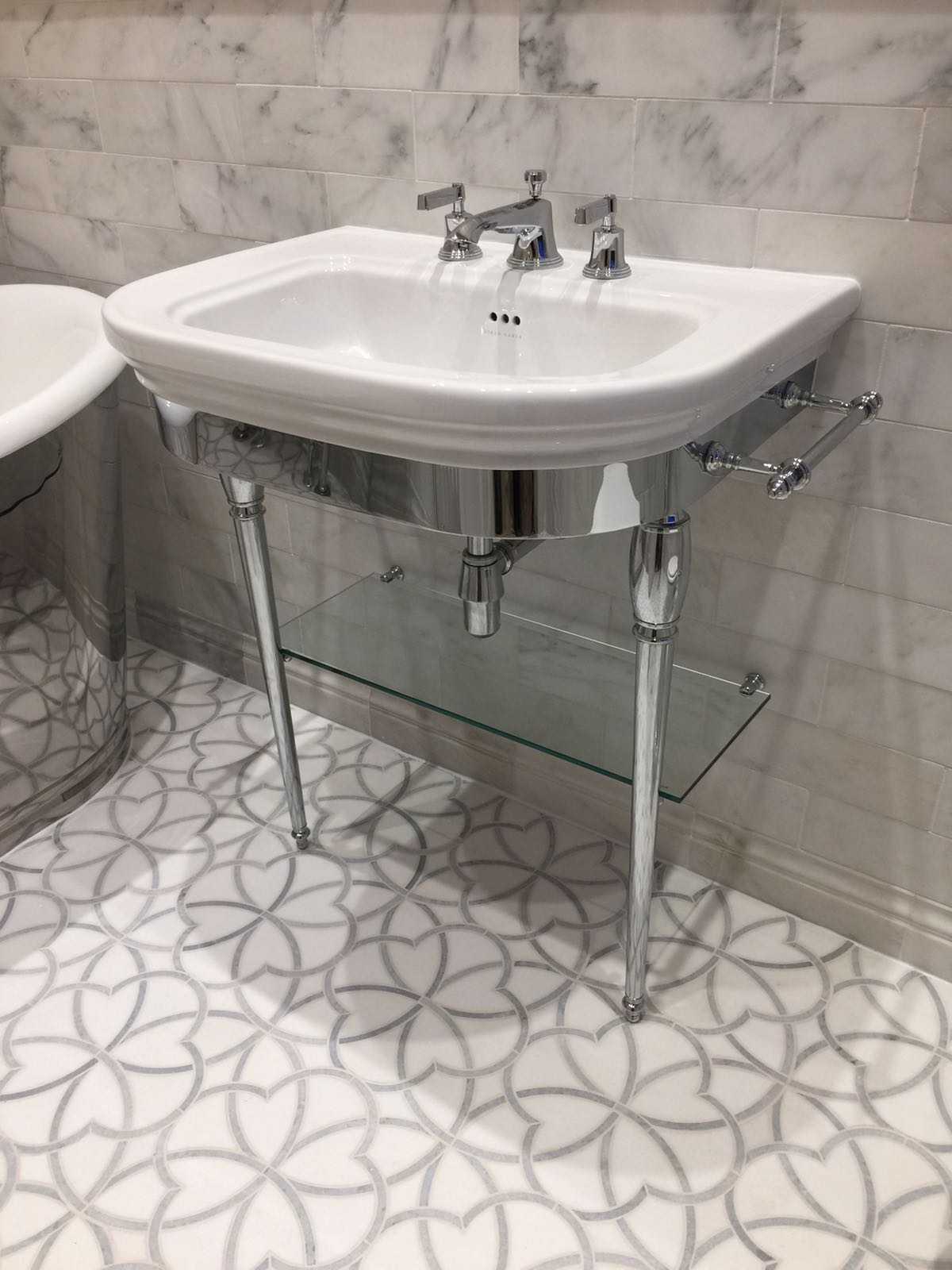Chrome Bathroom Wash Stand