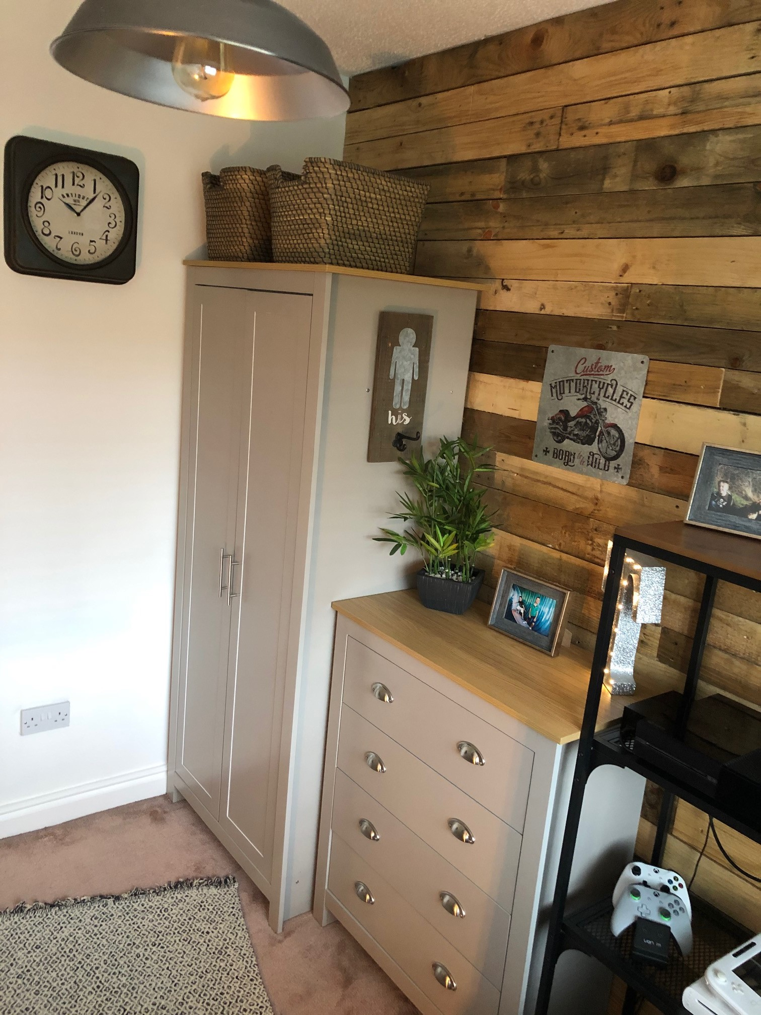 Bedroom Wall Refurb
