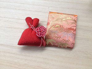 9月〜10月、和の大学さまにて、お香と水引の講座を開催します。