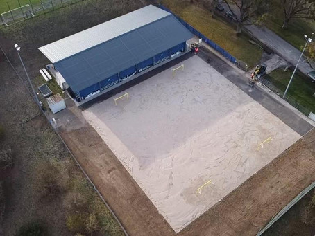 Sand in Beachsport-Anlage eingefüllt