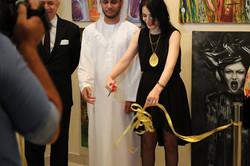 قطع الشريط بحضور سعادة سفير لبنان في الإمارات، السيد حسن يوسف سعد وأيضاً سعادة محمد مبارك المزروعي