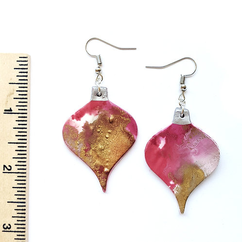 Red and gold ornament earrings