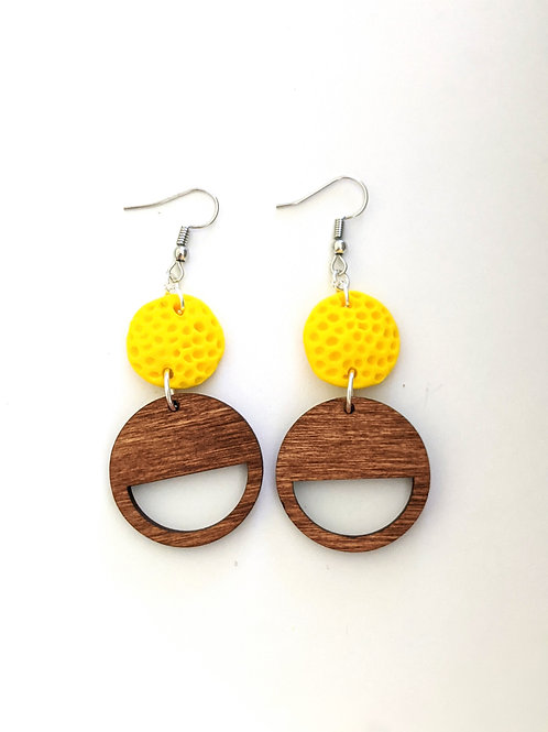 Yellow polkadot textured earrings