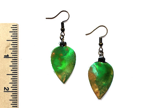 gold and green ornament clay earring