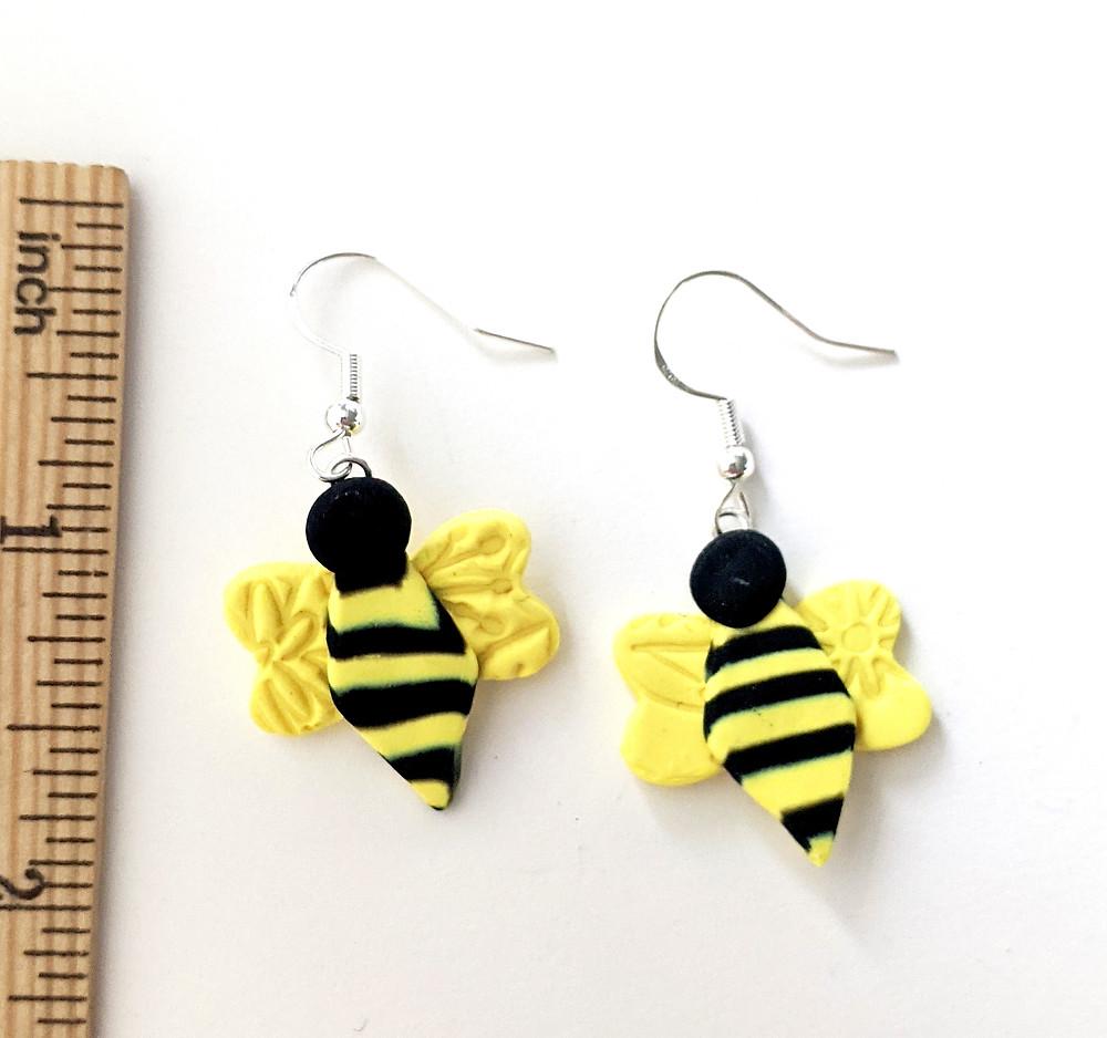 one pair of bee earrings