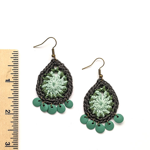 Green and green cotton and clay teardrop earrings