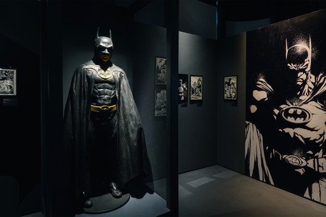 The Art of DC: The Dawn of Super Heroes - HongKong