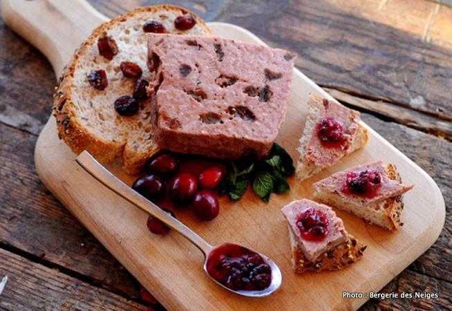 Photo issue de leur site Internet (http://www.bergeriedesneiges.com/produits/charcuteries/)