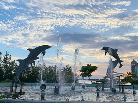 Sculptures in Sarasota Bayfront Park and Marina