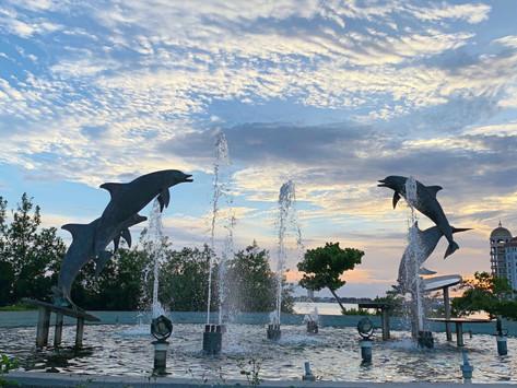 Sculptures in Sarasota Bayfront Park and Marina