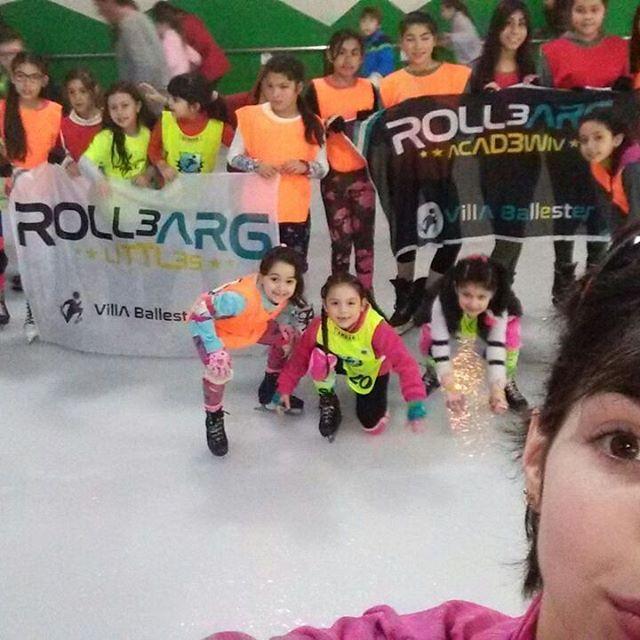 Pista de patinaje #RolleArg #Winter #hielo #domingo #patin #littles #tarde #pista #rollearg