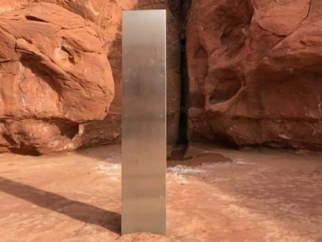 monolithe métallique découvert dans Utah