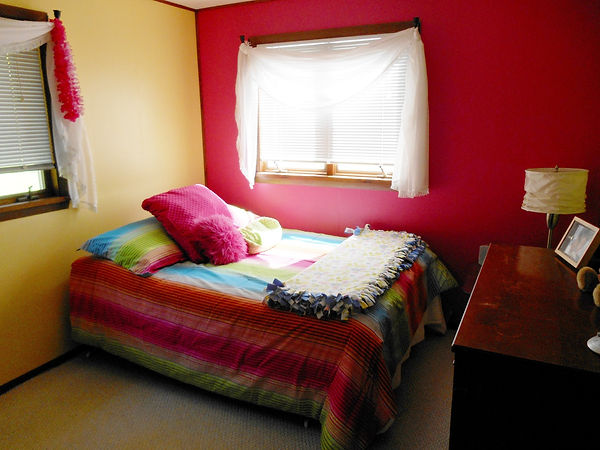 Tween Bedroom - Before Redecoration