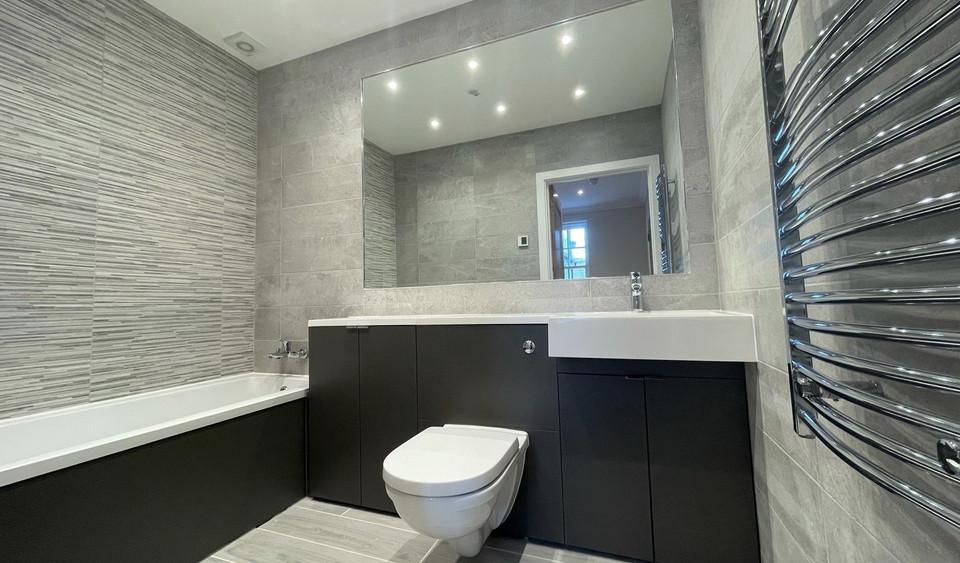 Apartment 11 - Main Bathroom.jpeg