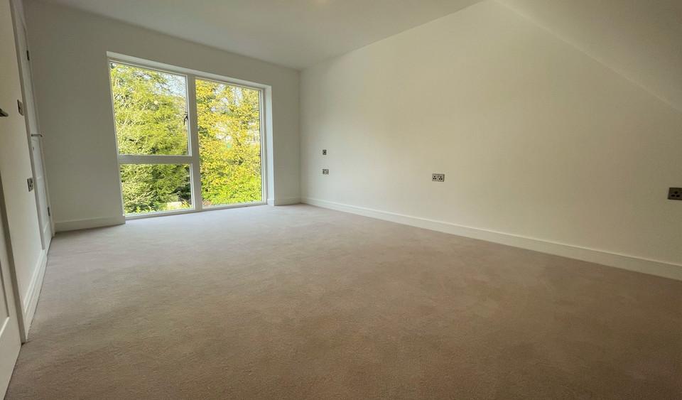 Apartment 15 - Second Bedroom