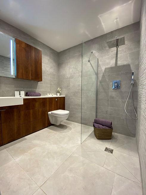 Apartment 9 - Shower Room.jpg