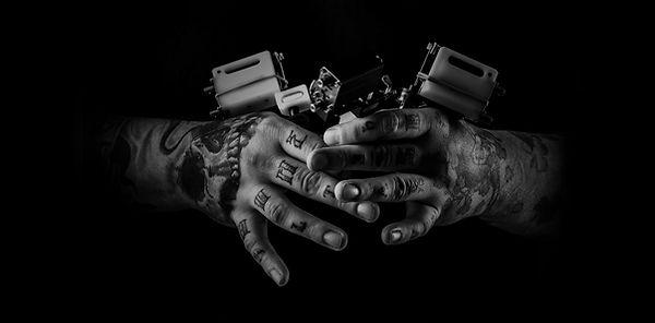 Artista del tatuaje - BW
