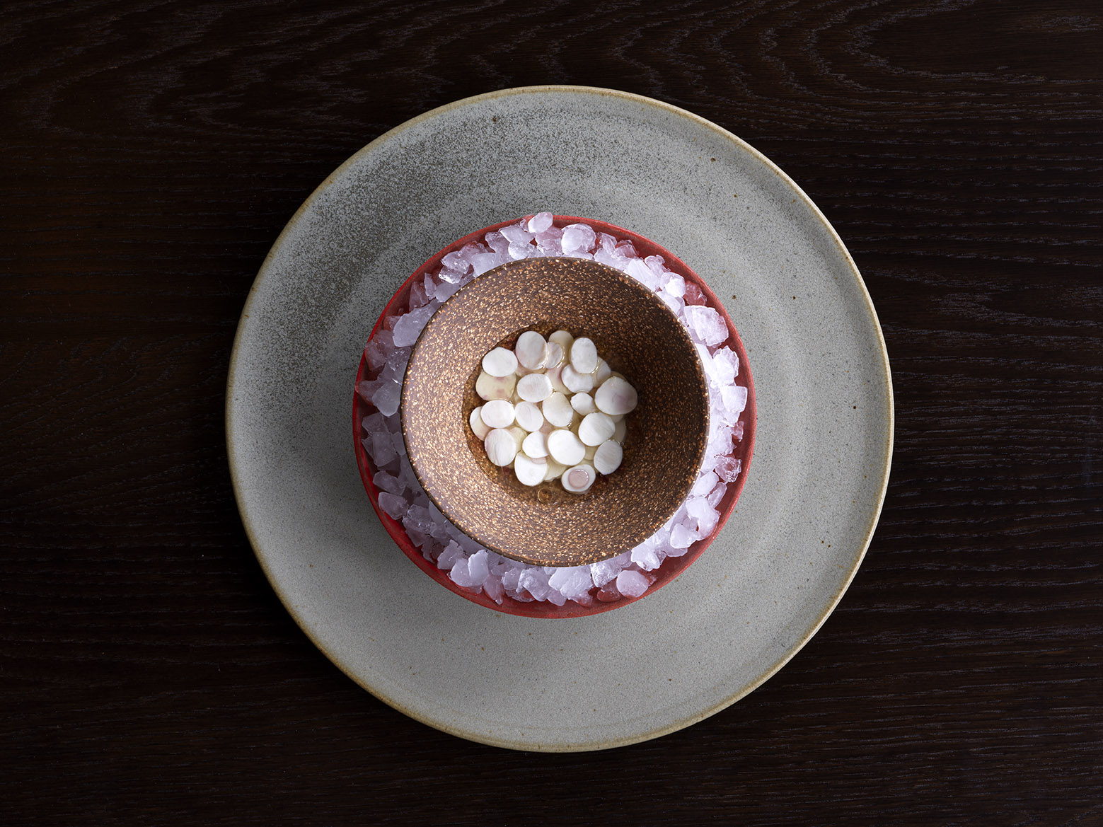 NOMA Unripe macadamia nuts and spann