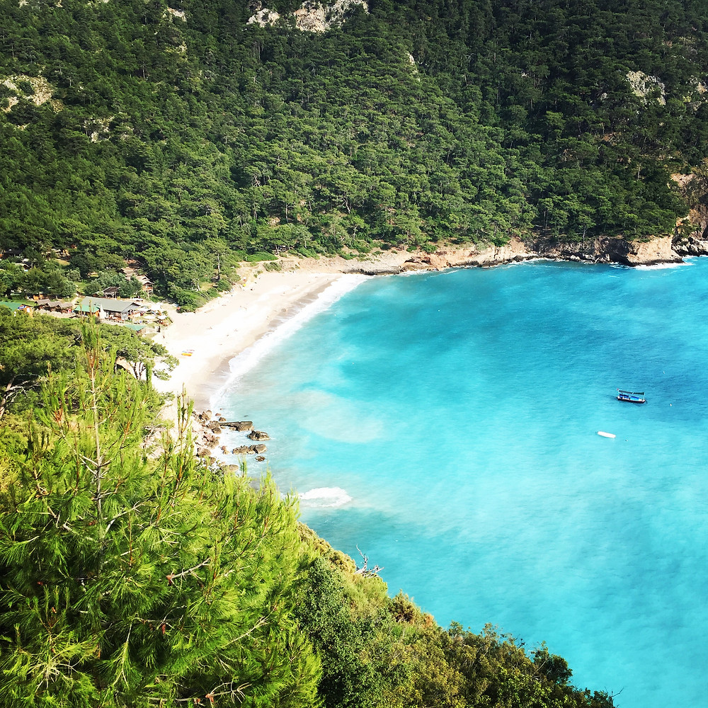 Beach Kabak Bay
