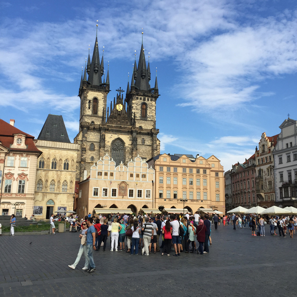 Rathausplatz Prag, Prague