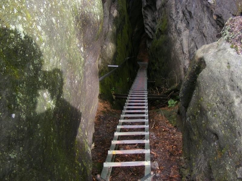 Příkré schody