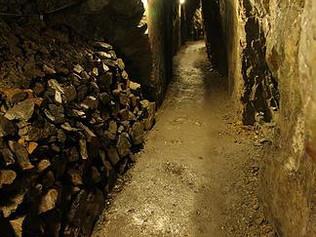 Vzhůru do podzemí! Vezměte rodinu do Štoly sv. Jana Evangelisty.