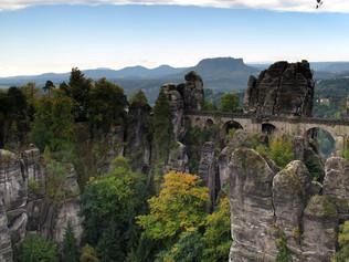 Skalní most Bastei. Tip na nedělní výlet do Saska.