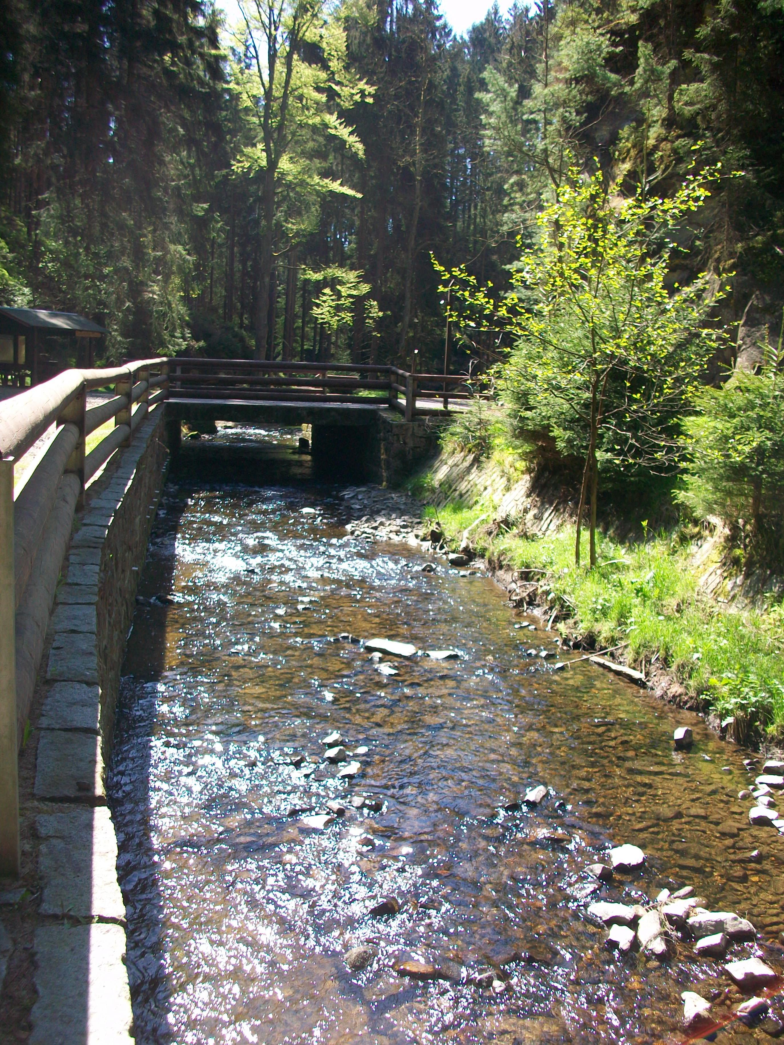 Turistický most