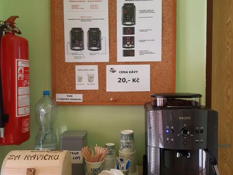 Káva - samoobslužný koutek