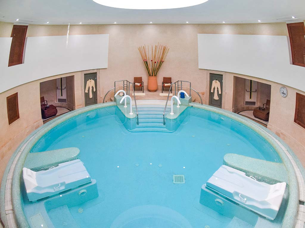 hotel-maroc-amphitrite-piscine-interieur