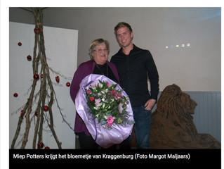 Bloemetje Kraggenburg voor Miep Potters