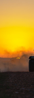 Dust-Motor-Sport-Sunset-Jeep-Sport-Drift