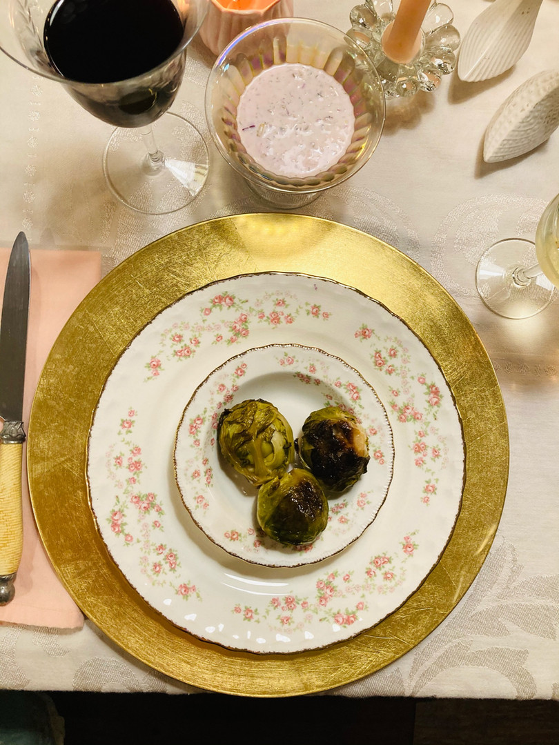 Pink Green & Gold Tablesetting