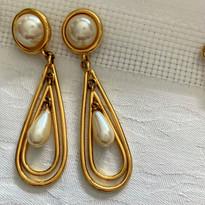 Pearly Drop Earrings