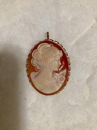 Vittoria Pendant (shown in collection photo)
