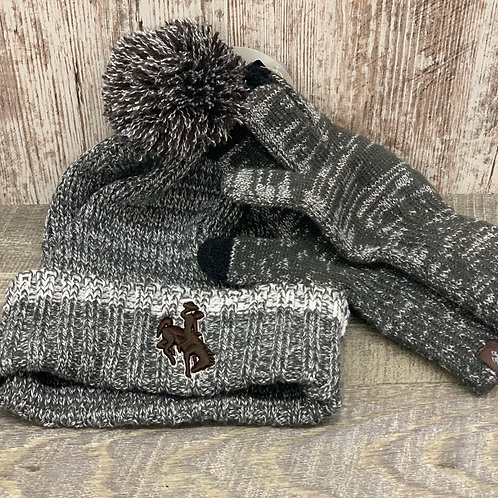 Top of the World Stocking Hat and gloves