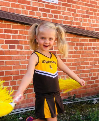 Cheerleaders!.jpg