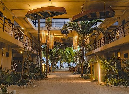 NOMADS ISLA MUJERES Hotel, hostel & Beach Club.