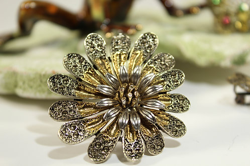 Vintage, Antique, Two Tone, Flower Brooch Pin, Jewelry 9