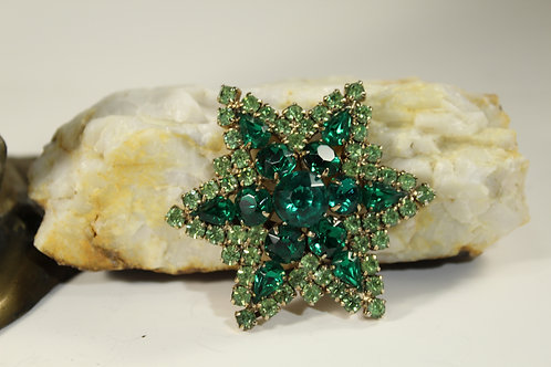 Vintage Star Shape, Green Rhinestones, Brooch Pin, Jewelry 1