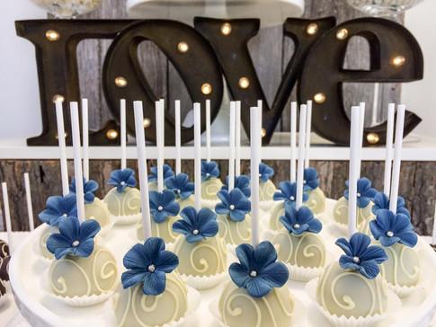 Farine-et-chocolat-cakepops-blue-bleu-wh