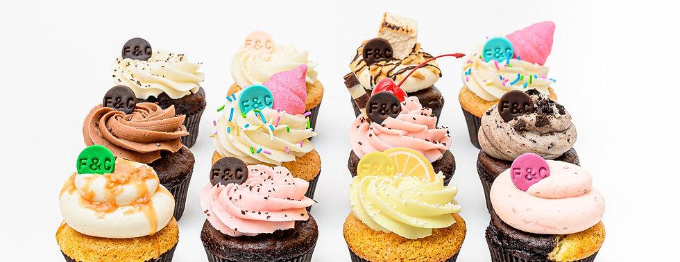 farine-et-chocolat-boite-de-12-cupcakes-