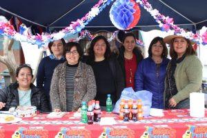 Con homenaje a los 100 años de Violeta Parra colegio Santa Inés celebró cumpleaños de Chile.