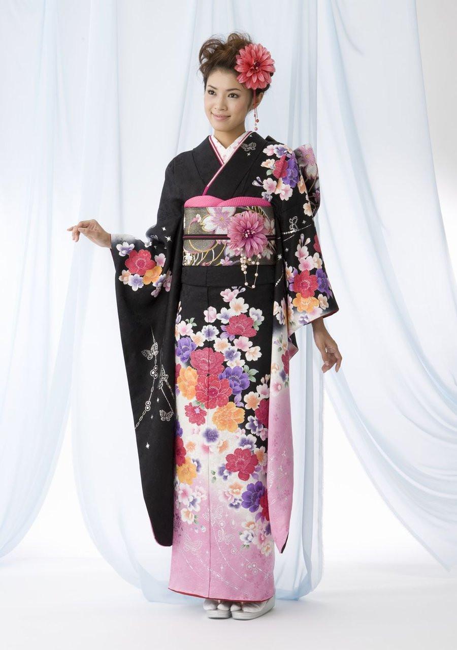 custom (traditional) kimono
